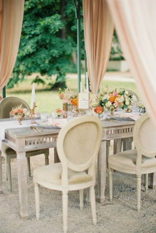 Romantic And Fresh Summertime Garden Wedding Shoot