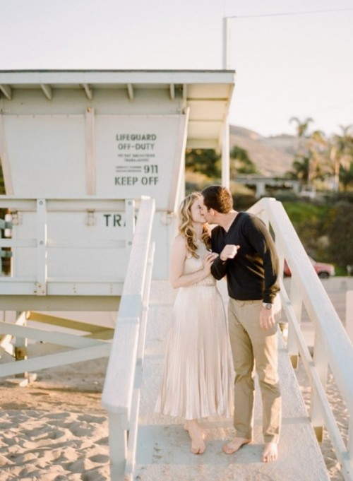Romantic And Relaxed Beach Engagement Session