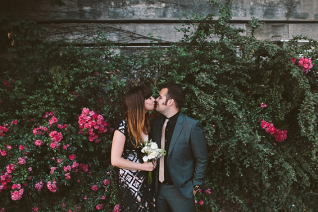 Romantic And Relaxed Paris Anniversary Shoot
