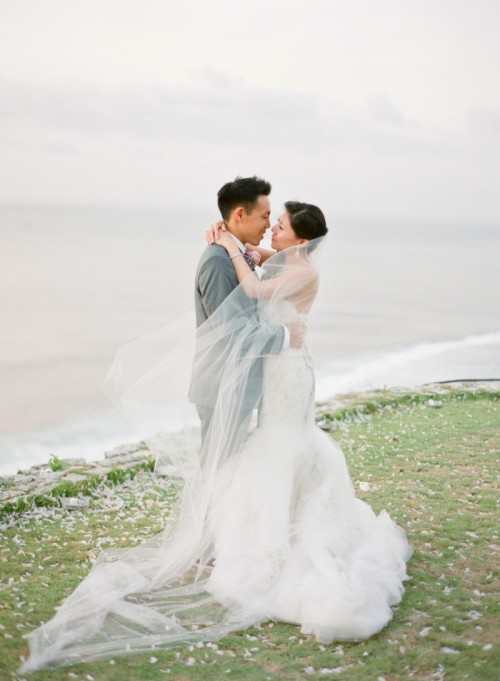Romantic Destination Cliff-Top Wedding In Bali