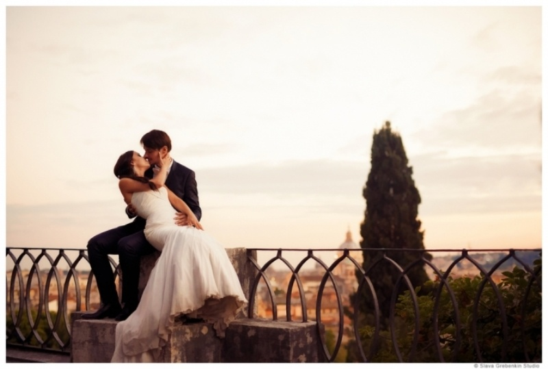 Picture Of Romantic Modern Destination Wedding In Rome 18