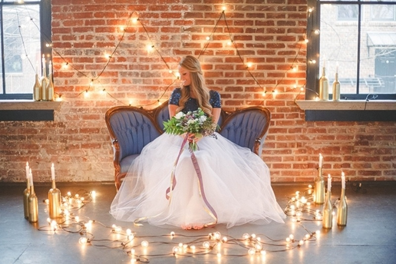 Picture Of romantic navy and gold fall wedding inspiration  12