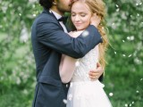 romantic-white-wedding-inspirational-shoot-in-a-blossoming-garden-1