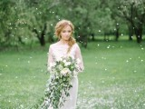 romantic-white-wedding-inspirational-shoot-in-a-blossoming-garden-5