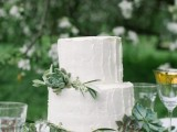 romantic-white-wedding-inspirational-shoot-in-a-blossoming-garden-9
