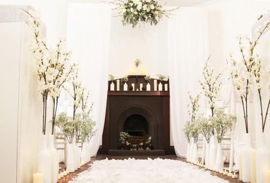 Picture Of romantic winter wonderland wedding inspiration  2