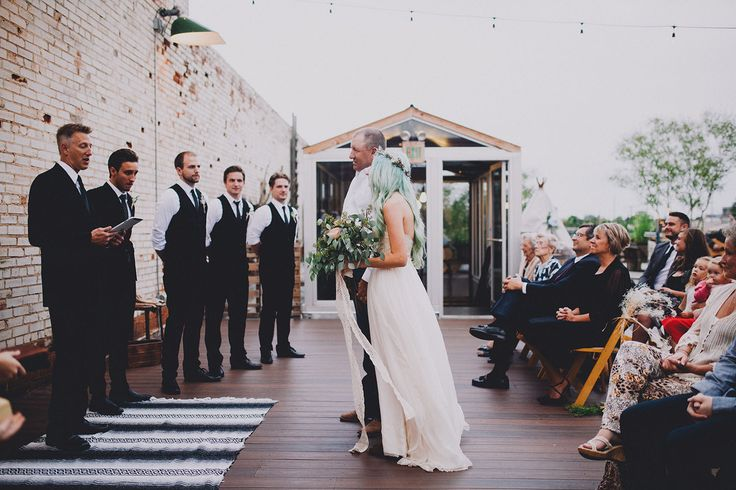 Picture Of rustic and budget friendly nature inspired wedding  10