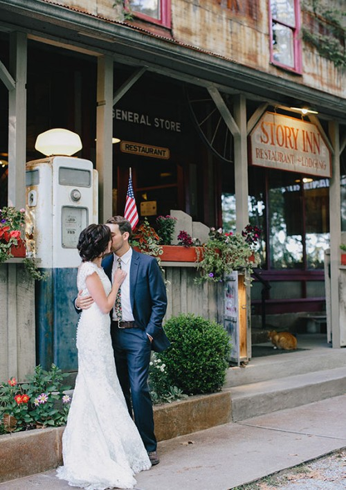 Rustic Indiana Wedding In An Apple Orchard