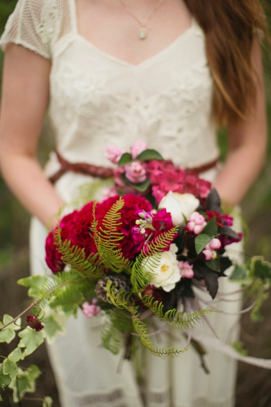 Rustic Red And Green Winter Forest Wedding Inspiration