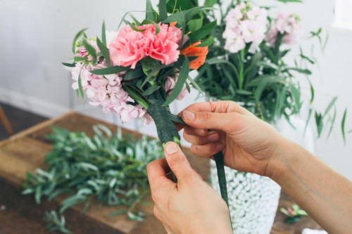 Simple And Bright Diy Bouquet To Make