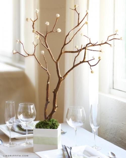 Simple And Elegant Diy Spiral Paper Rose Centerpiece