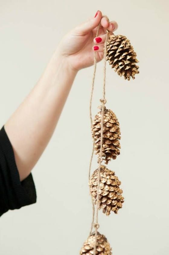 Picture Of simple and natural pinecone wedding ideas  39