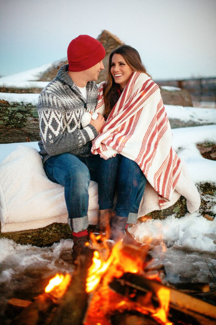 Picture Of smart tips for winter outdoor engagement sessions  12