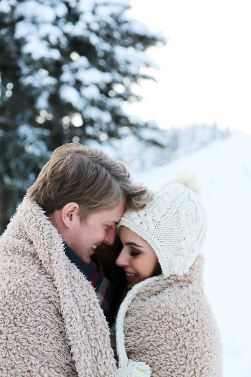 6 Smart Tips For Winter Outdoor Engagement Sessions