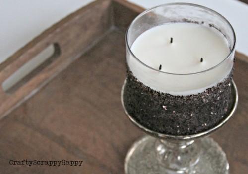 DIY Glitter Candle (via craftyscrappyhappy)