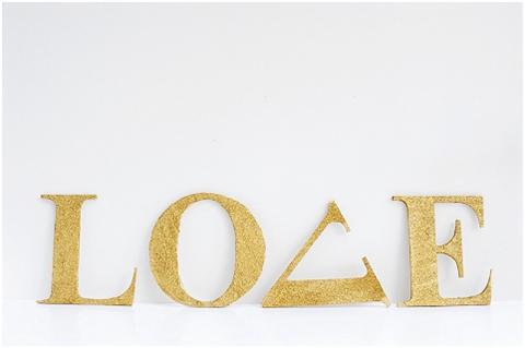 DIY Love Glitter Letters (via blovedweddings)