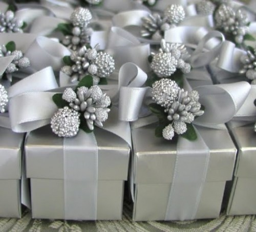 Sparkling Silver Winter Wedding Ideas