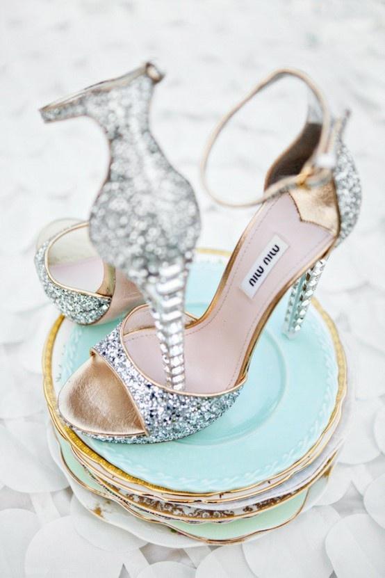 Sparkling Silver Winter Wedding Ideas