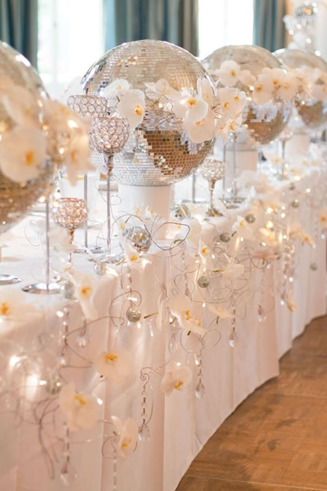 Picture of sparkling silver winter wedding ideas for All white wedding theme pictures