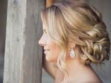 statement-earrings-wedding-trend-ideas-24