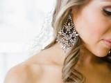 statement-earrings-wedding-trend-ideas-7