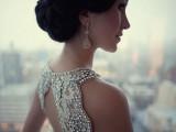 statement-earrings-wedding-trend-ideas-9