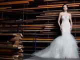 stunning-avant-garde-wedding-dresses-collection-2015-by-rosalynn-win-4