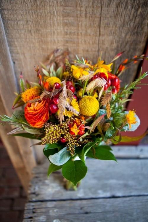 Stunning Fall Wedding Bouquets