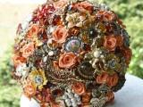 a vintage brooch wedding bouquet