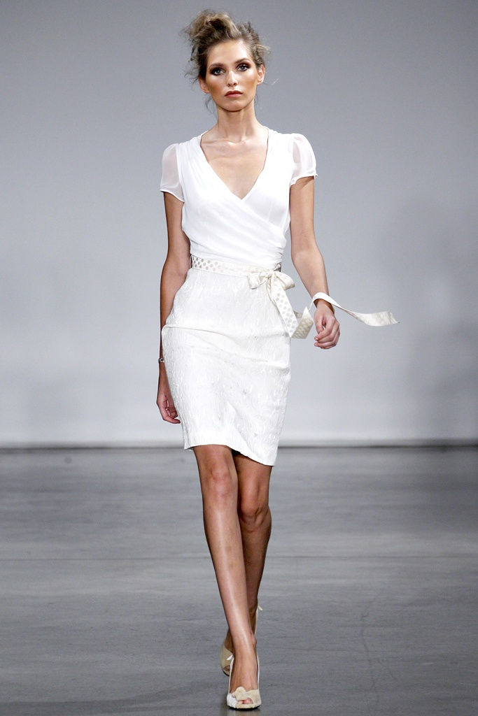White Wedding Rehearsal Dress 16 Best Stunning Rehearsal Dinner Dresses