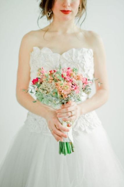 a tender pastel yellow, pink, fuchsia and white blooms, very small, relaxed for a cute Valentine's Day look