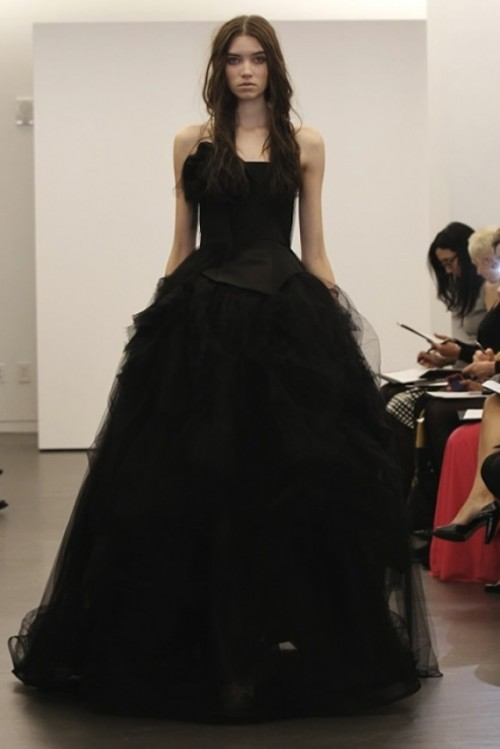 Stylish And Dramatic Black Wedding Dresses