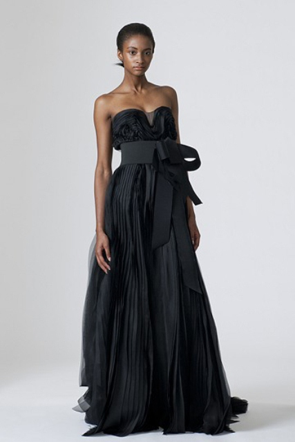 25 Stylish And Dramatic Black Wedding Dresses