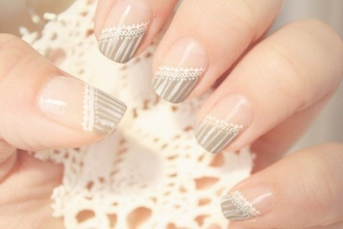 nude and grey lace wedding nails look tender and out of the box and will fit not only boho but many other bridal looks