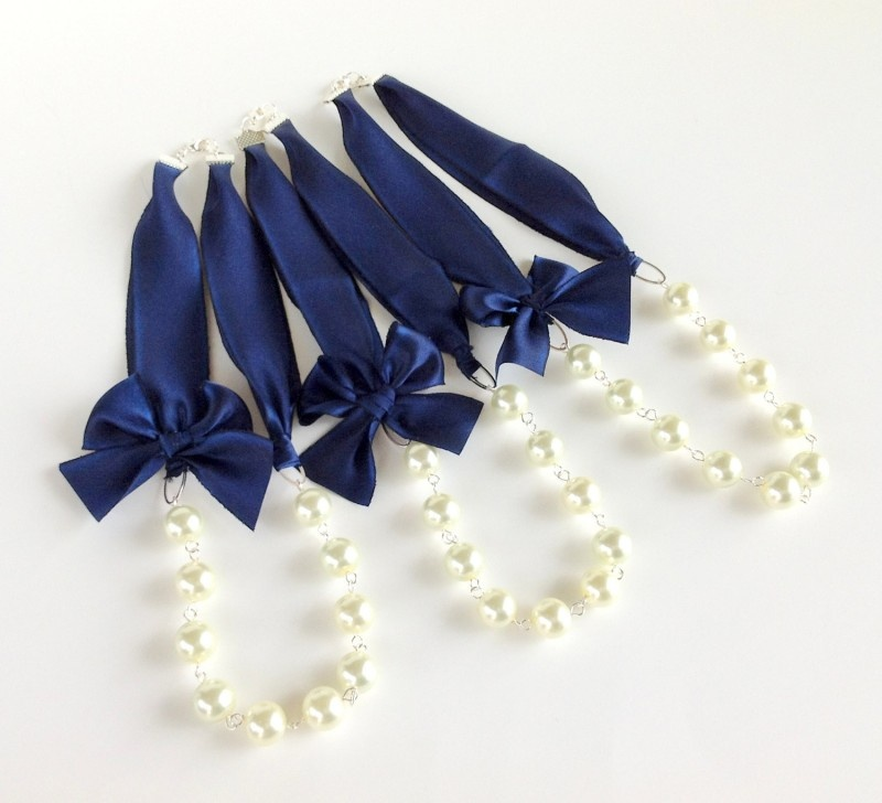 Picture Of stylish navy and white wedding ideas that youll love  12