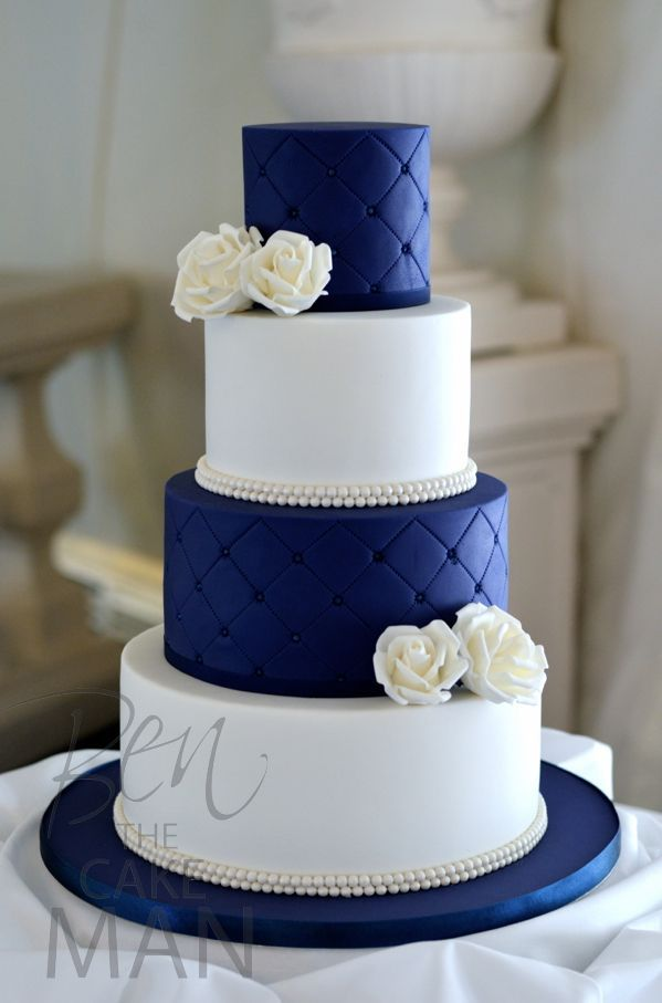Picture Of stylish navy and white wedding ideas that youll love  27