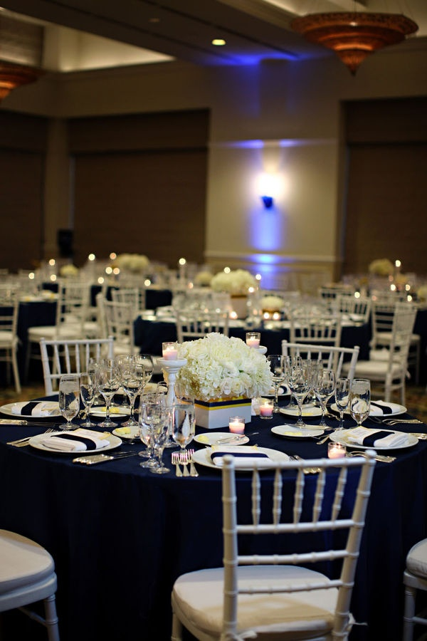 Picture Of stylish navy and white wedding ideas that youll love  30