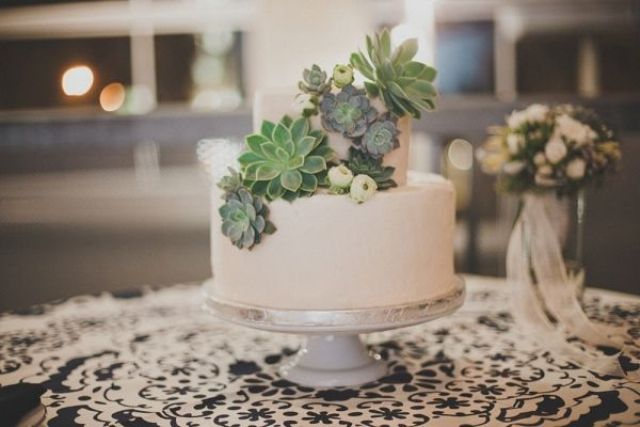 Picture Of succulent wedding cakes  22