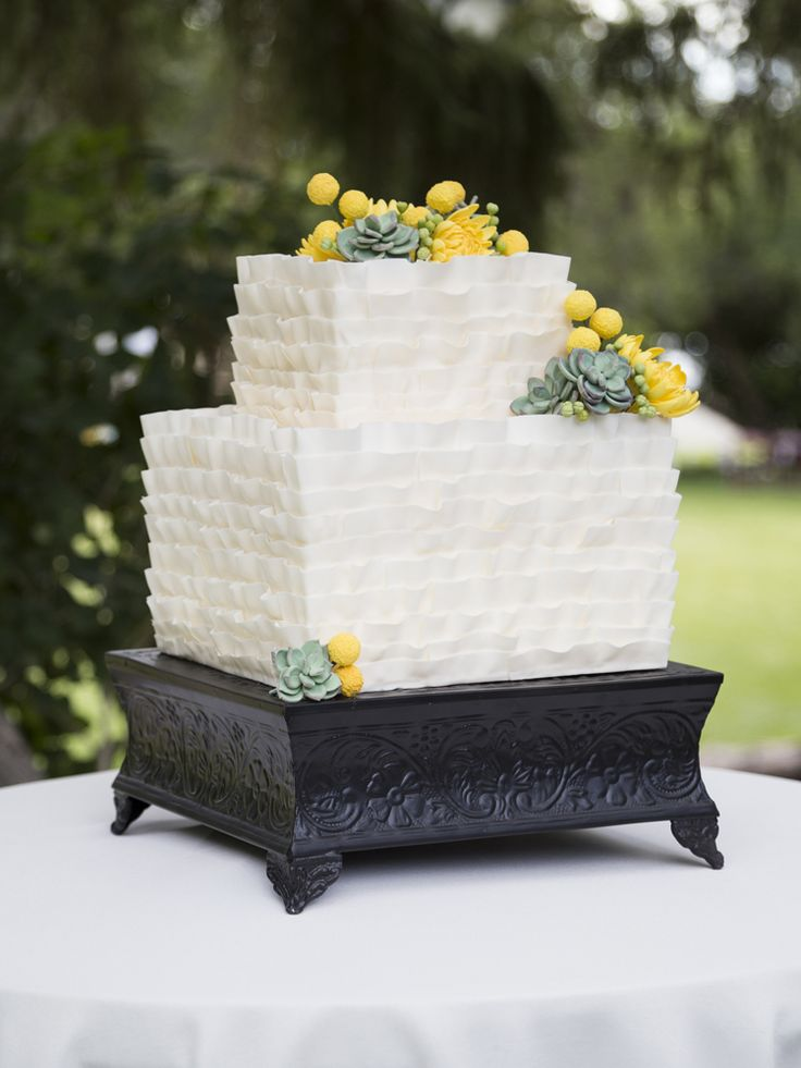 Picture Of succulent wedding cakes  38
