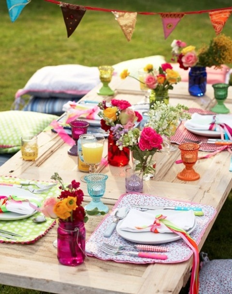 a cool summer boho table decor for a wedding