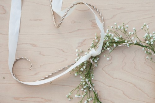 Sweet And Easy Diy Babys Breath Wreath For Your Wedding Decor