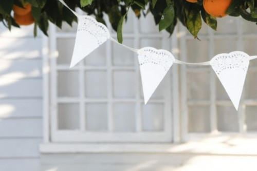 Sweet And Rustic Diy Paper Doily Bunting