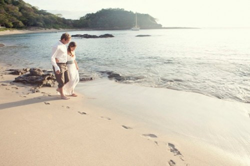 Sweet And Sentimental Nicaragua Elopement On A Boat