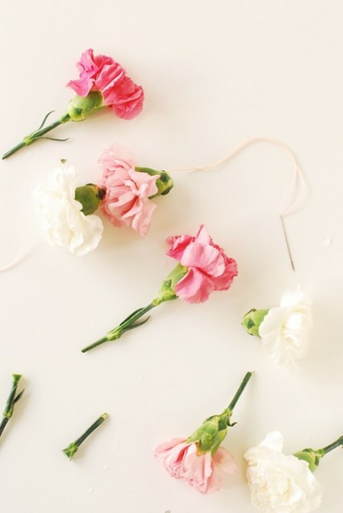 Sweet Diy Carnation Chair Garland