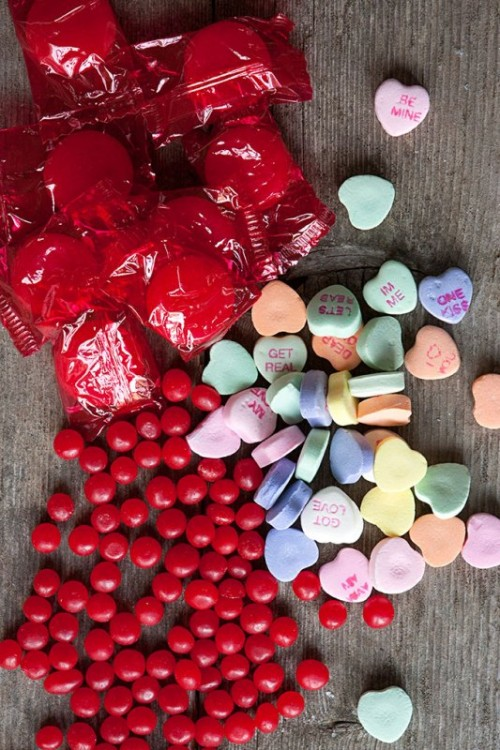 Tasty And Cute DIY Valentine's Day Wedding Favors