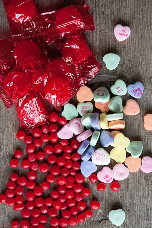 Picture Of tasty and cute diy valentines day wedding favors  2