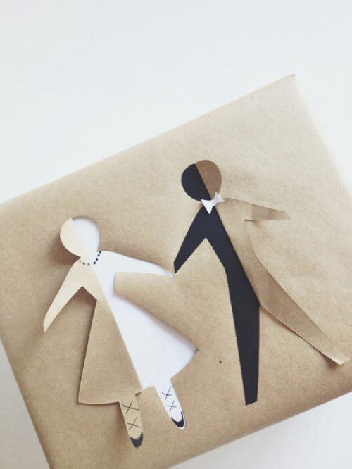 The Cutest And Easiest Diy Paper Doll Bridal Gift Wrap