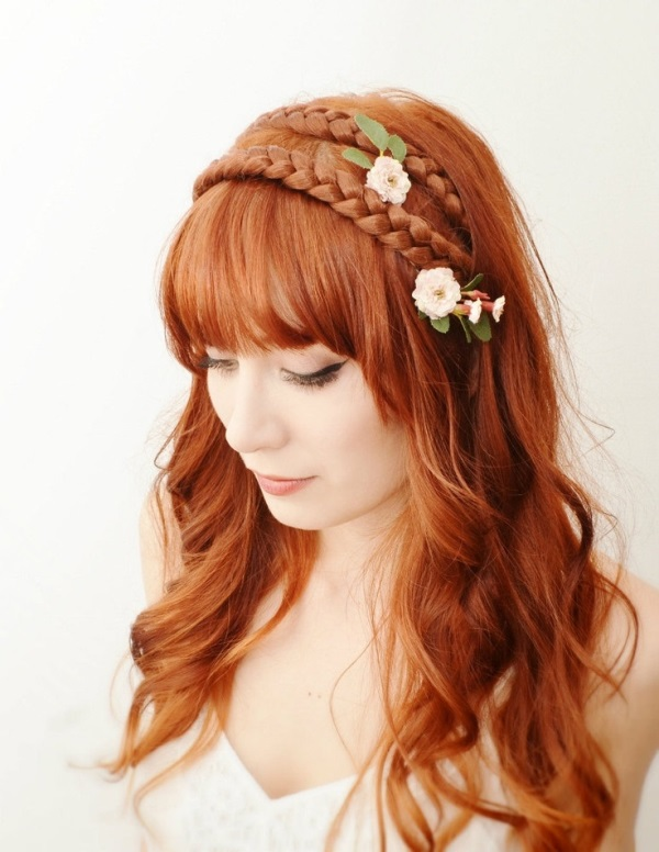 Picture Of the hottest 2015 wedding trend 15 lovely mini floral hair pins  12