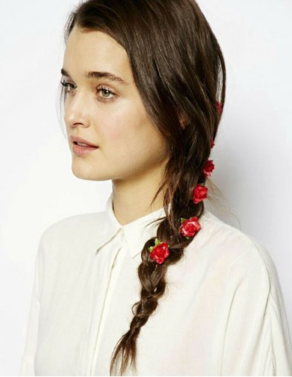 Picture Of the hottest 2015 wedding trend 15 lovely mini floral hair pins  15