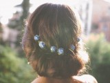the-hottest-2015-wedding-trend-15-lovely-mini-floral-hair-pins-6